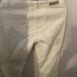 Calvin Klein White jeans - new with tag